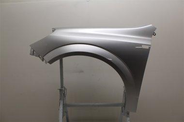 Spatbord linksvoor Opel Astra H | Starsilber III  Z157